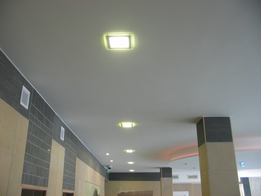 hotel-honti-led-panel-vilagitas.jpg